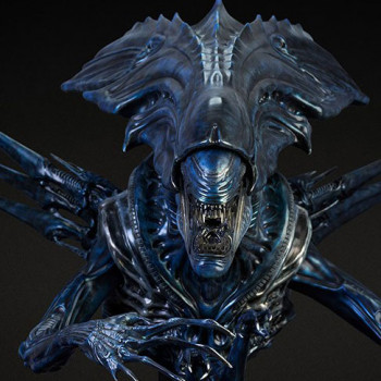 CP AVP Alien Queen Bust Deluxe