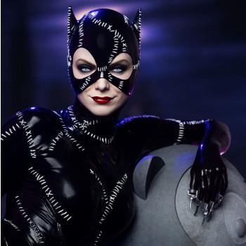 TH Batman Returns Catwoman
