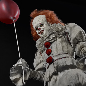 ECC 1/3S IT Pennywise Maquette