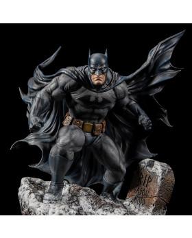 XM 1/6S Hush Batman