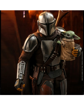 HT 1/6S The Mandalorian and The Child
